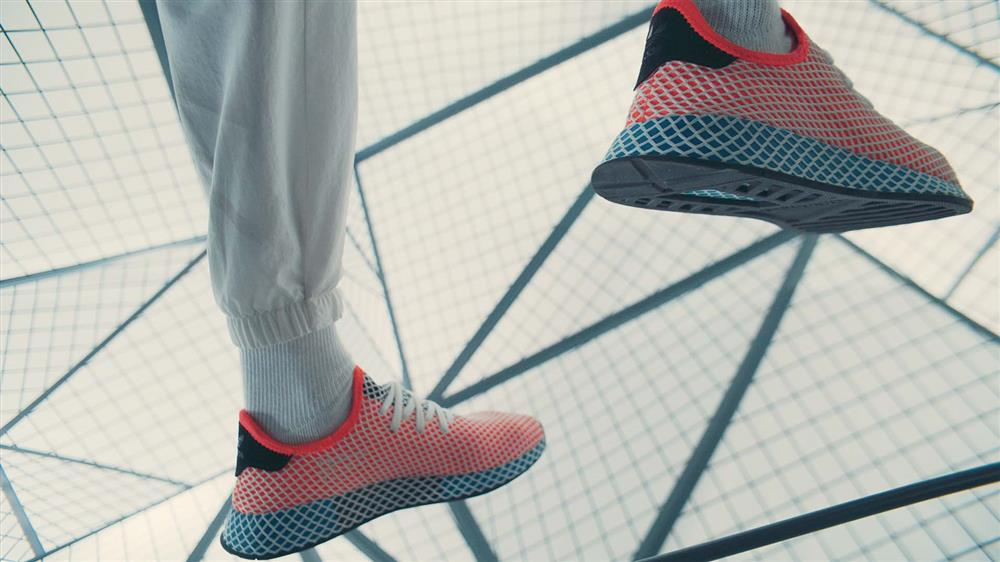reputable site aba24 70b2f ADIDAS ORIGINALS Deerupt Runner Shoes Solar RedSolar RedBluebird